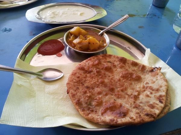 Yum breakfast, at New Jalpaiguri