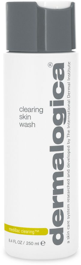 A naturally-foaming cleanser that is the perfect start to around-the-clock control of breakouts, comedones and excess surface oils.