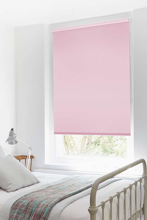 Add a sugary sweet shade to your interiors with our Fresh Mallow Roller Blind. The sweet pink tones are the perfect addition to a child's bedroom or nursery.