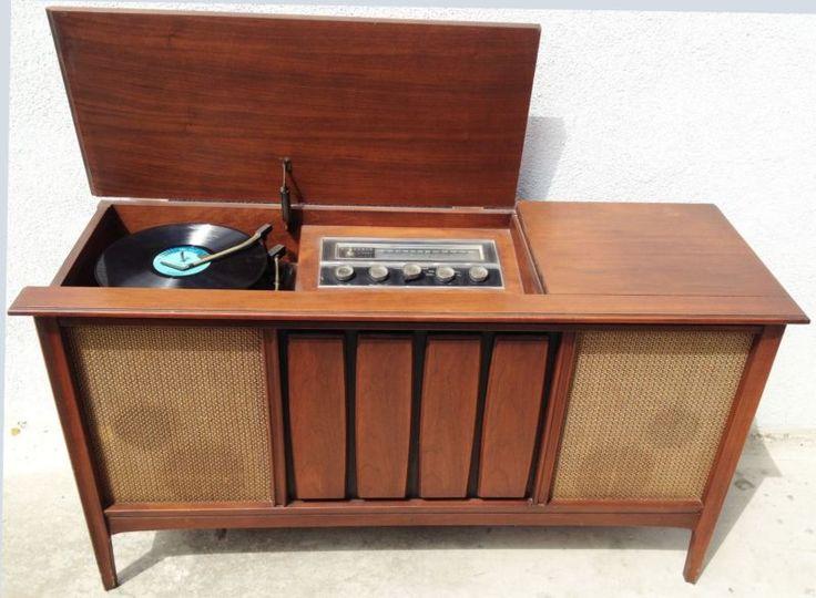 1960s Mid Century Modern Stereo Console Sylvania Record