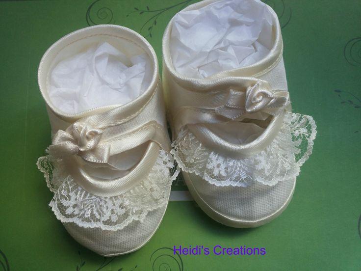 shoes-hand embroidered-scarpette in rigatino e ricami https://www.facebook.com/lecreazionidiheidi?ref=stream