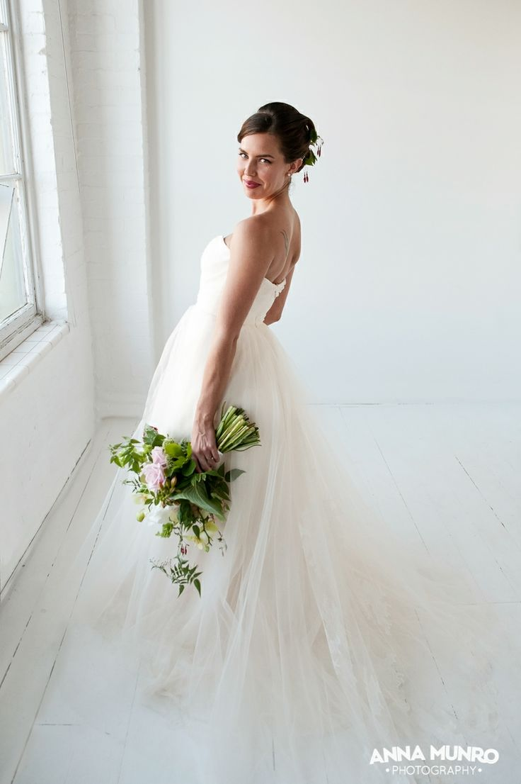 Styling and Flowers by Mindy Dalzell of twigandarrow.com Photography by Anna Munro Dress Paperswanbride.co.nz make up Miranda Millen