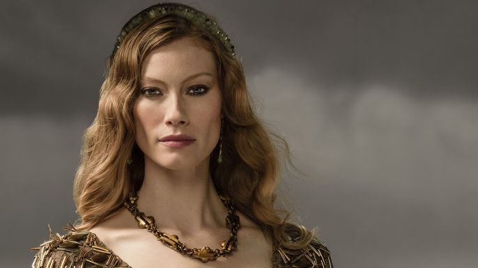 Alyssa Sutherland as Aslaug Queen Aslaug is the clever and beautiful daughter of the famed dragon slayer Sigurd and shield-maiden Brunhilde. Aslaug promised Ragnar that she would provide him with the sons which the ancient Seer prophesized for him–and she delivered.