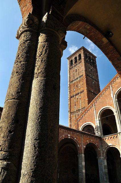 M<3 Milan - Basilica di SantAmbrogio (386 AD)