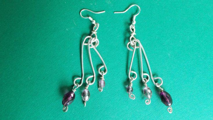 https://flic.kr/p/ugMdzr | DSCN1238  Earrings--glass beads, silver-plated wire