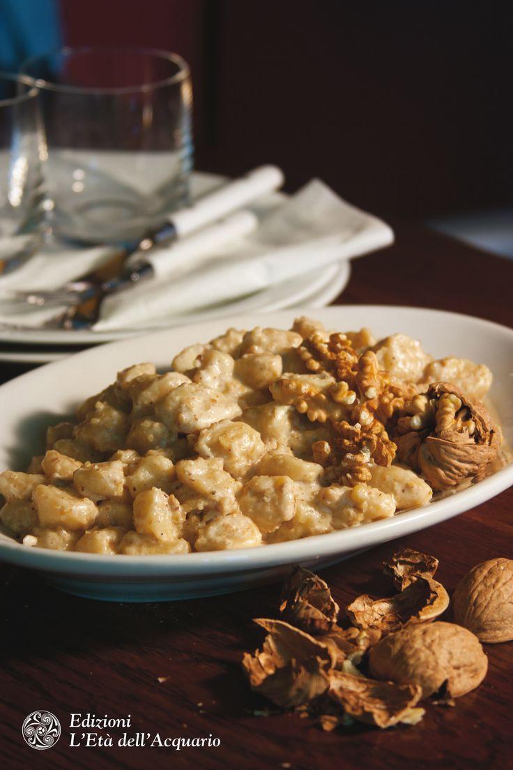Gnocchi alla crema di noci #senzalatte #senzalattosio. Dal grande libro delle ricette senza latosio e proteine del latte di Marica Moda, ed. L'Età dell'Acquario