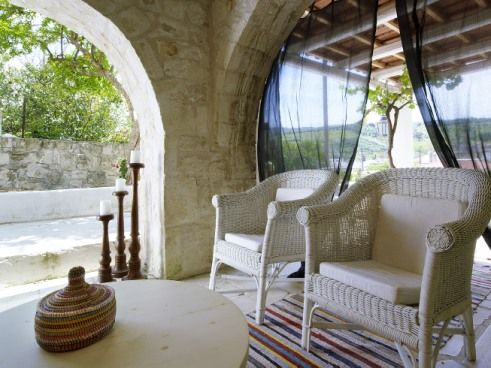In Pervola the combination of comfort and simplicity as well as the blend of tradition and the present offer guests an ideal lifestyle. #Pervola