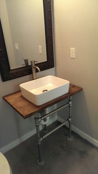 DIY Galvanized pipe sink stand