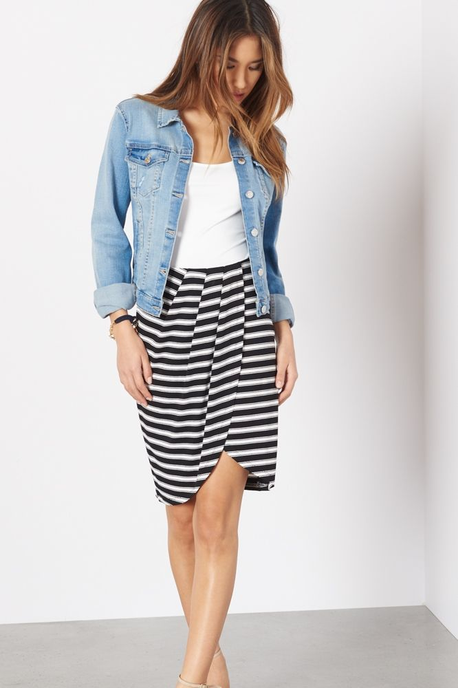 Read between the lines and show a little leg in this striped knit skirt.