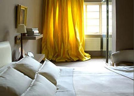 Картинки по запросу желтые шторы в интерьере