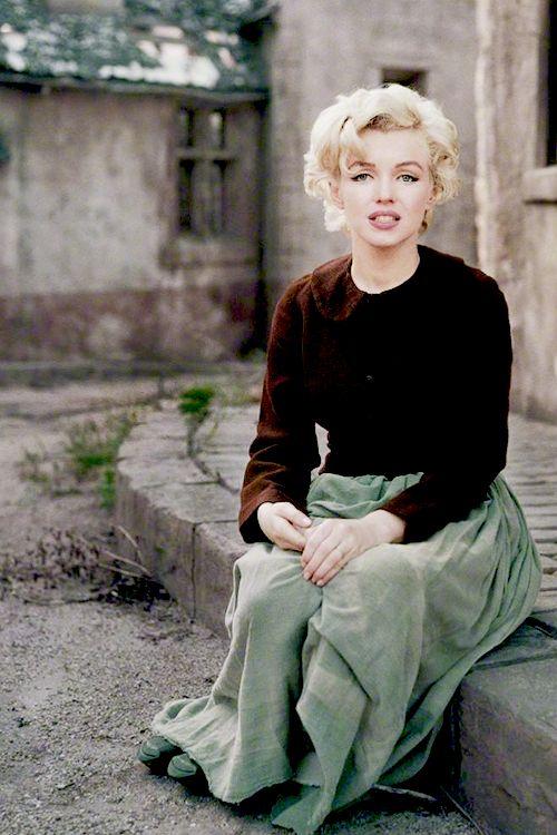 "missmonroes: ""Marilyn Monroe photographed by Milton Greene, 1954 """