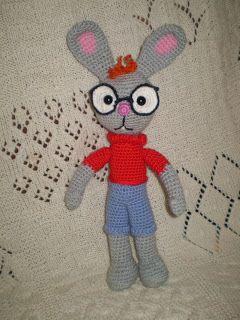 """Все РукоТворчество: Кролик из мультфильма """"Винни-Пух"""" вязаный крючком...."""