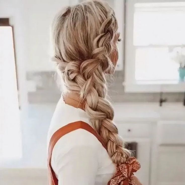 60+ Perfect Pony Tail Hairstyle Wedding Party Ideas ~ feryhan.com #hairstyle #hairstyleideas #hairstyledesign