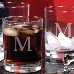 Give your favorite wedding party personalized flask and shot glass sets as thank you gifts.