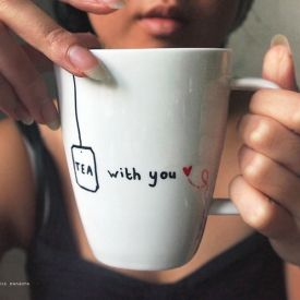 Personal gift? DIY a personal mug with lovely messages and doodles!