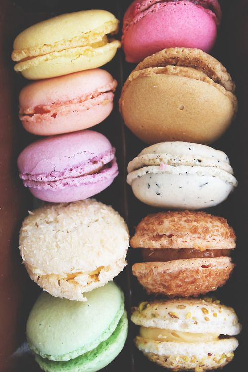 pixeldeaur:  Macarons from Paris mmm  ^^check out my personal blog pixeldeaur! x