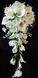 Natürlicher Touch Off White Calla Lilien & Füllstoffe Silk Cascade Bouquet  – Đám cưới