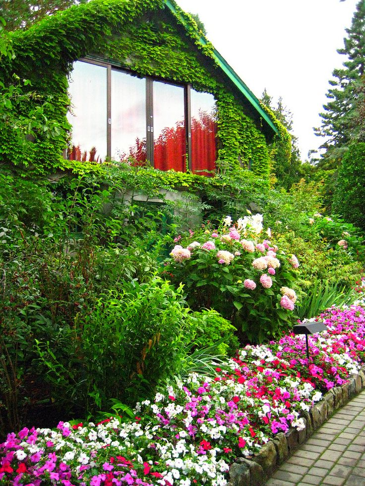 185 best butchart gardens images on pinterest beautiful for Garden design victoria bc