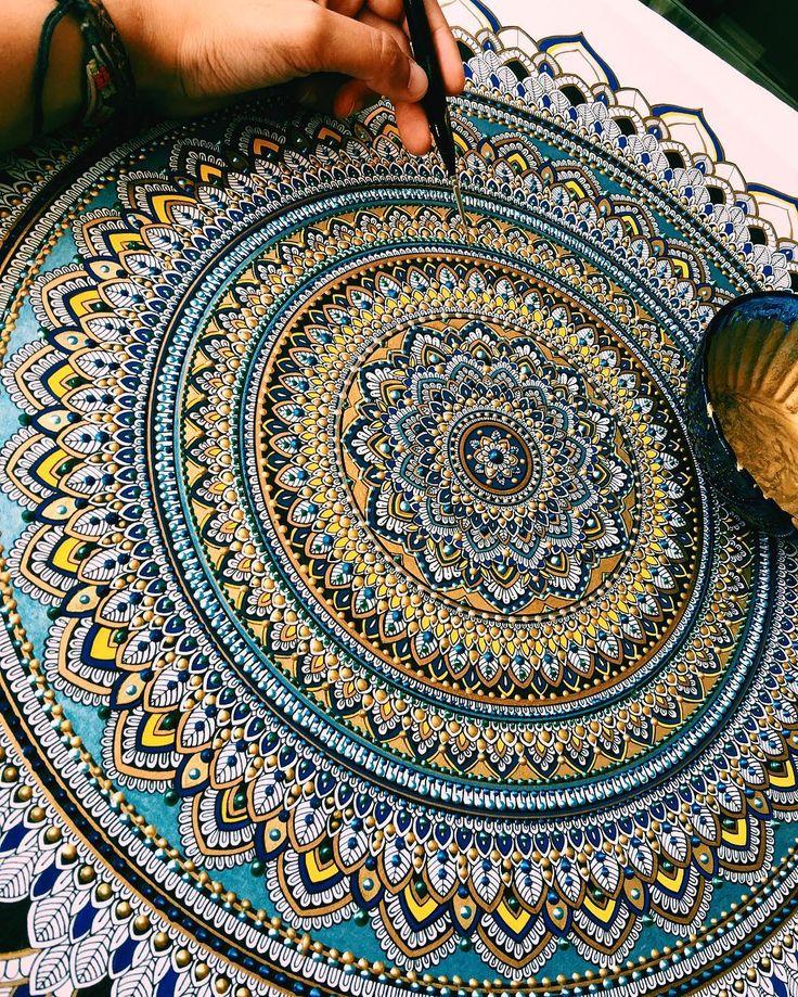 Elaborate Mandala Designs Gilded with Gold Leaf by Artist Asmahan Mosleh.|CutPasteStudio| Illustrations, Entertainment, beautiful,creativity, Art,Artist, Artwork,Gold Leaf, mandalas, painting.