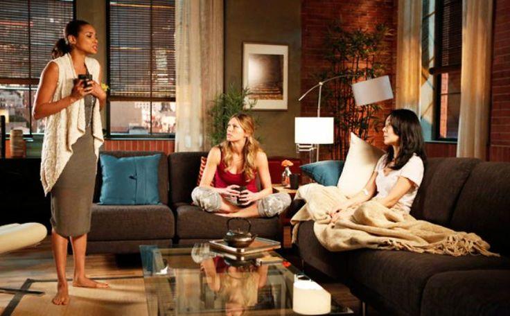 Volg het leven van vier vriendinnen in de serie Mistresses US (2013)
