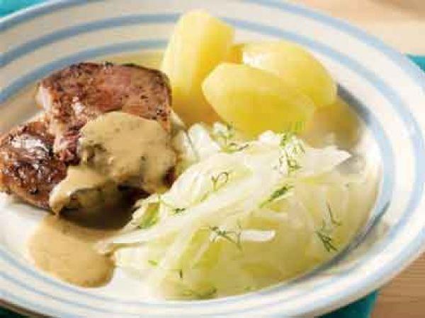 Gestoomde kool met koteletten en mierikswortelsaus - Libelle Lekker!