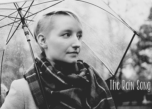 Rainy day | Skórzane burgundowe spodnie + szary płaszcz http://thecarolinasbook.net/rainy-day-skorzane-burgundowe-spodnie-szary-plaszcz/