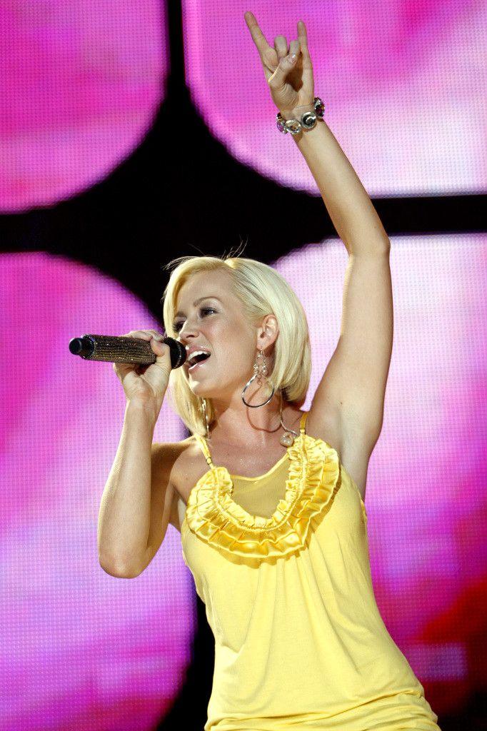 Kellie Pickler - I love her hair