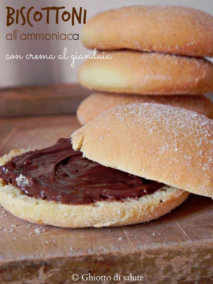 Biscottoni all'ammoniaca con crema Veg ciocco-gianduia senza zucchero by Ghiotto di salute