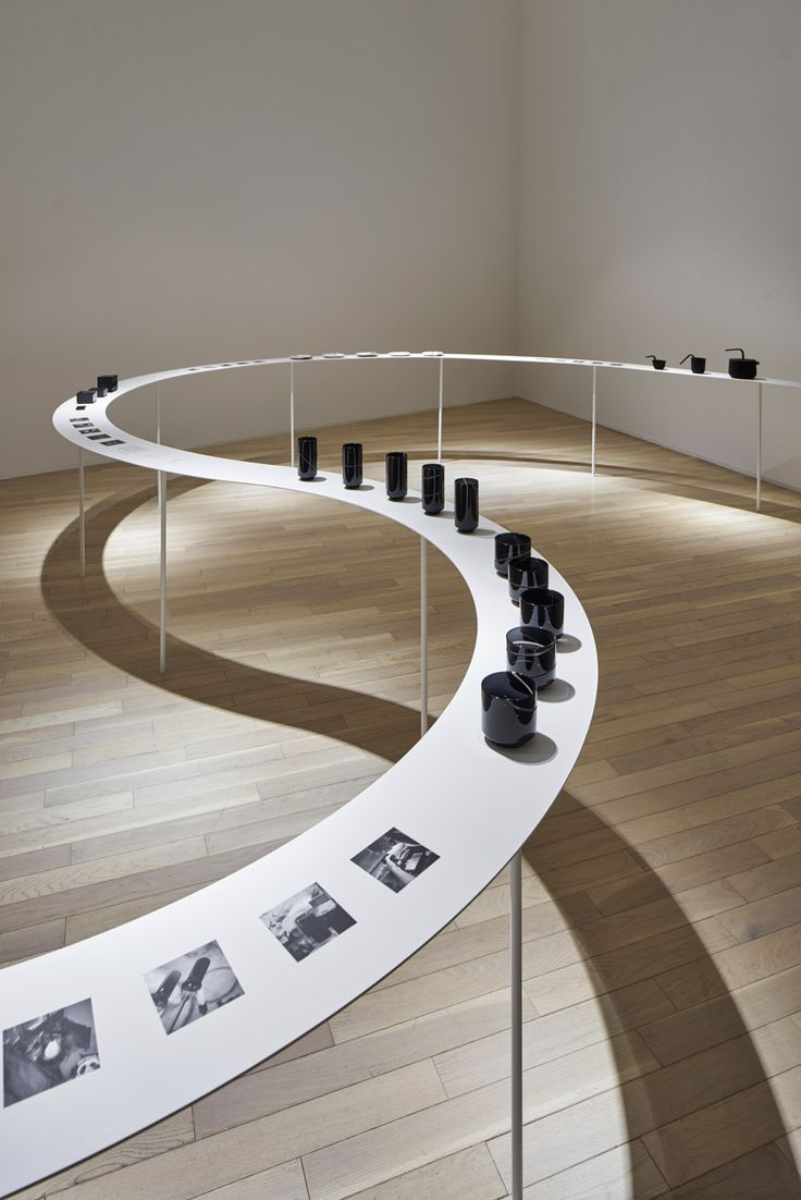 Nendo designs snaking display for Tokyo tableware exhibition