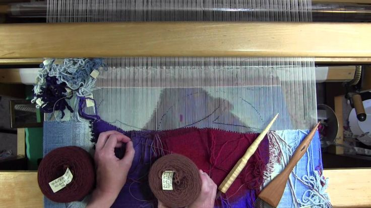 Tapestry weaving, low warp style with Rebecca Mezoff - YouTube