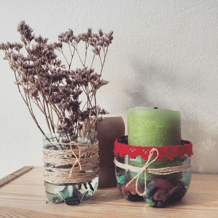 Blumenvase und Kerzenhalter, upcycelt aus Vöslauer PET-Flaschen