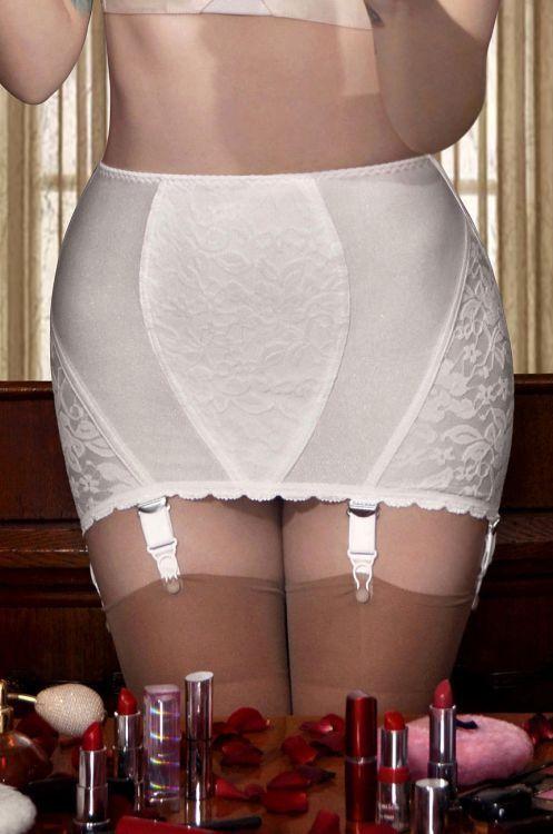 русское порно женщины в панталонах корсете поясе для чулок дом ходил