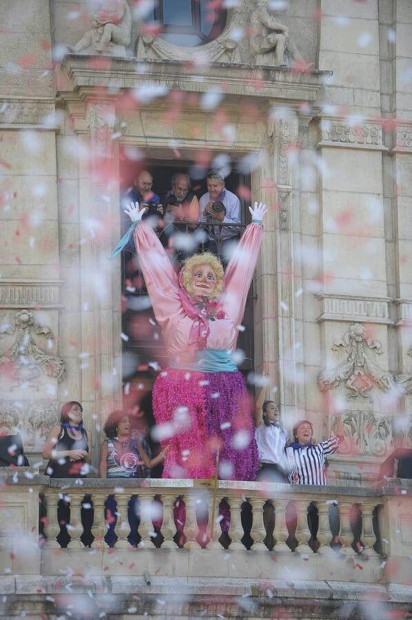 Ayer comenzaron las fiestas de bilbao esta es marijaia nuestro emblema aste nagusia 2013 - Cerrajeros bilbao ...