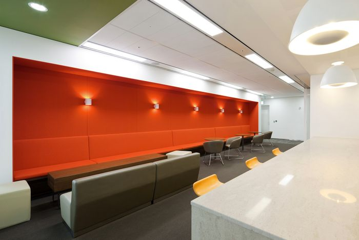 Health Insurance Company Offices - Seoul -  By Steven Leach Group -  Office Snap... 1