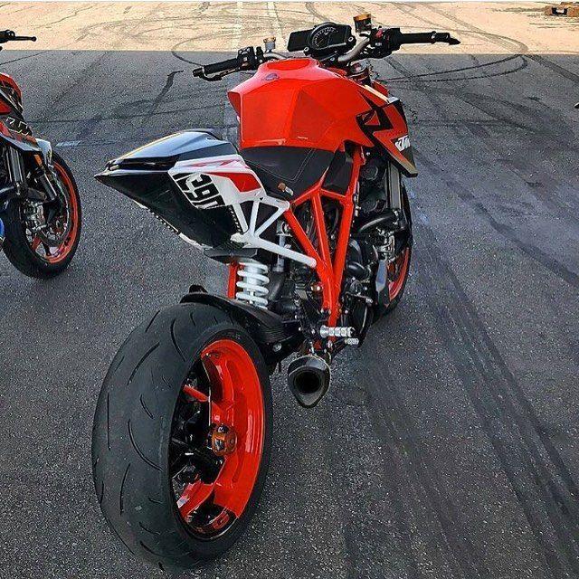 Ducati, Yamaha, Motogp, Honda, Motorbikes, Motorcycles, Motorcycle, Crotch  Rockets