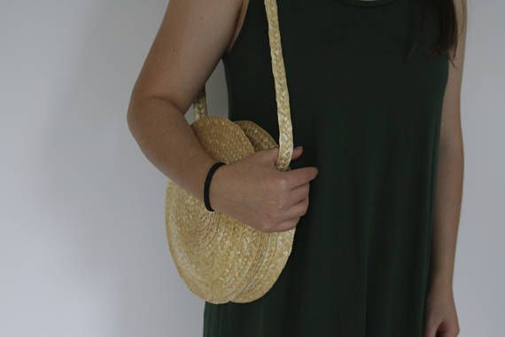 Round straw bag. This bag is totally handmade.