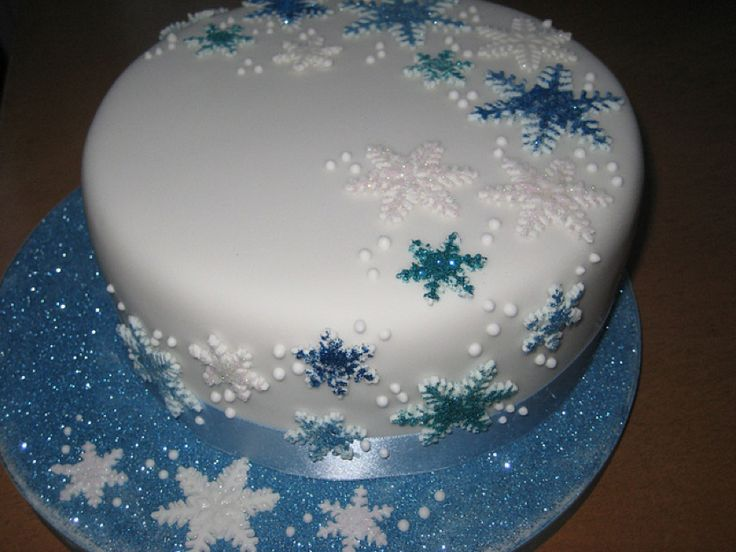 Christmas Cake Design 2018 : 17 best ideas about Snowflake Cake on Pinterest Winter ...