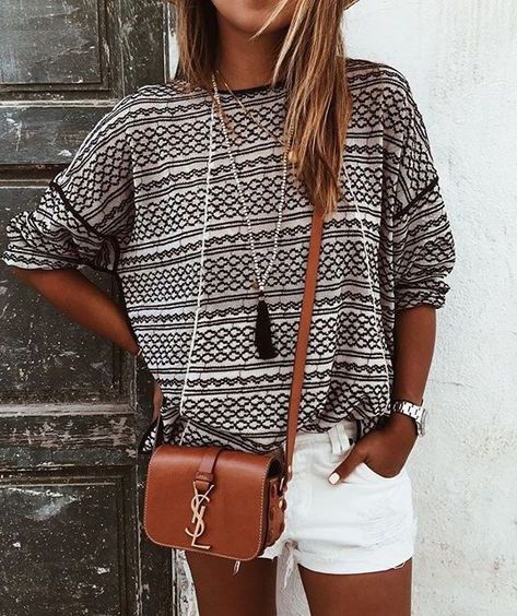 #summer #fashion / oversized tee