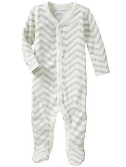 Cute baby jammies - love chevron
