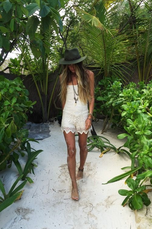 Not usually a huge fan of playsuits/rompers- they often make girls look bigger than they are and also give them camel toes... THIS one by Jen's Pirate Booty, however, is stunning! Beautifully cut & gorgeous lace. Loving the hat too!