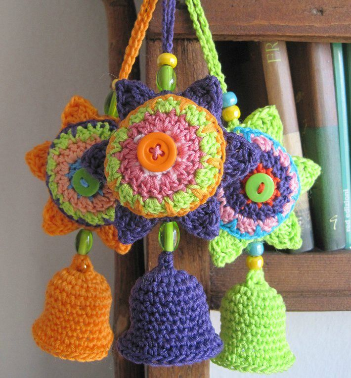 62 best haken slingers versiersels images on pinterest Crochet home decor pinterest