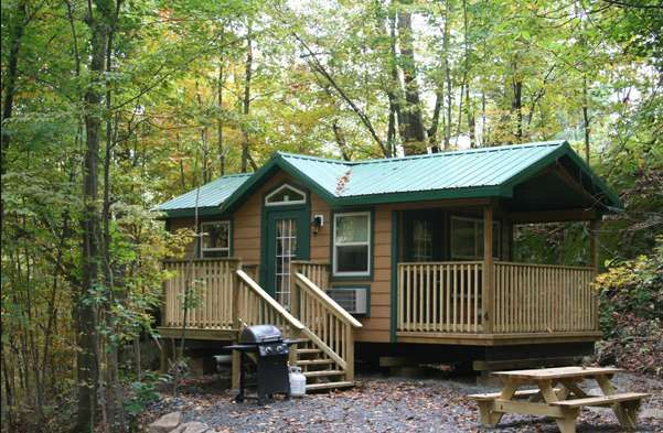 Pin By Olga Lynn On Cottage Reno Portable Cabins Cabin