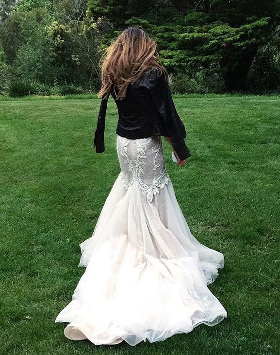 Bianca Cheah totally rocking a leather jacket over her gorgeous wedding dress. I'm totally doing this!