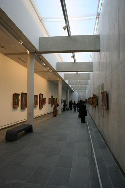 Inside Musée de l'Orangerie Paris