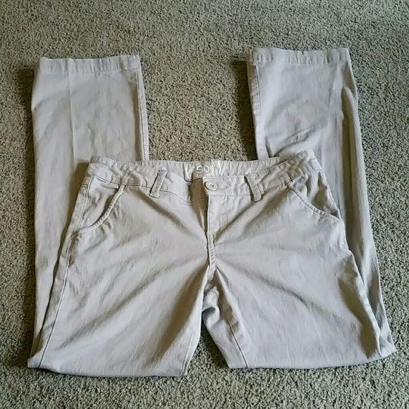 1000  ideas about Khaki Pants For Juniors on Pinterest | Uniform ...