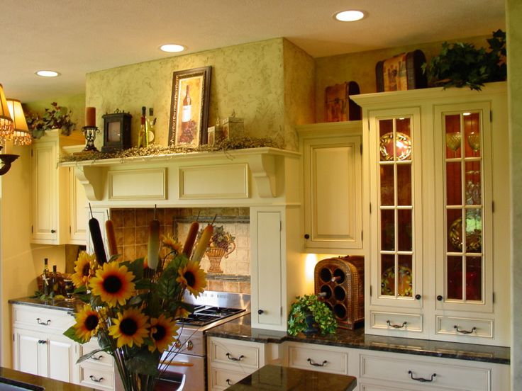 French Country Kitchen...so Clean And Inviting.