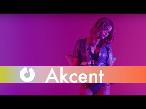 Akcent feat. Tamy & Reea - Boca Linda [Love The Show] (Official Music Vi...