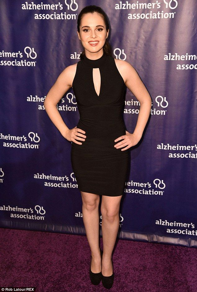 No switching here! ActressVanessa Marano arrived in all-black...
