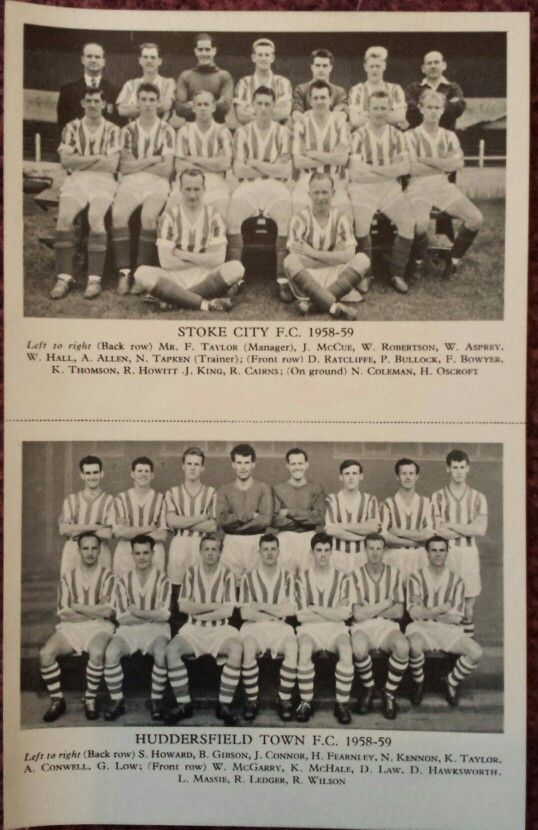 Lion Comic #366 Feb 21st 1959 with Football Team Photo Cards of Stoke City FC (1958 - 1959) and Huddersfield Town FC (1958 - 1959)