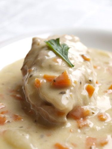 Blanquette de poulet Stewed (pressure cooked)  Chicken, thickened sauce with an egg yolk, 2 Tbs cream and 1/2 lemon. Trust the French to do winter chicken right!